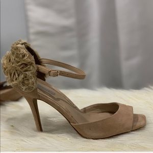 Uterque shoes cream floral strappy heels shoes 9